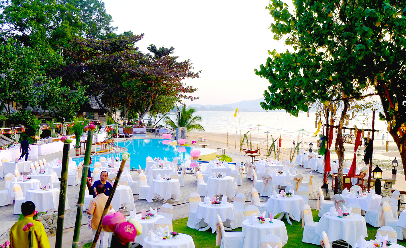 New Year Eve Gala Dinner at Sunset Park Resort and Spa
